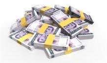 Cine împrumuta bani